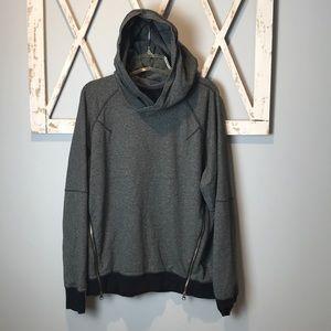 lululemon Om & Road hoodie 10 pockets
